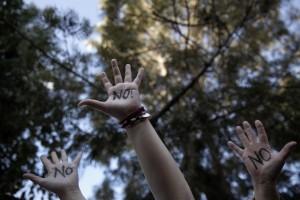 hands_say_no_640_0